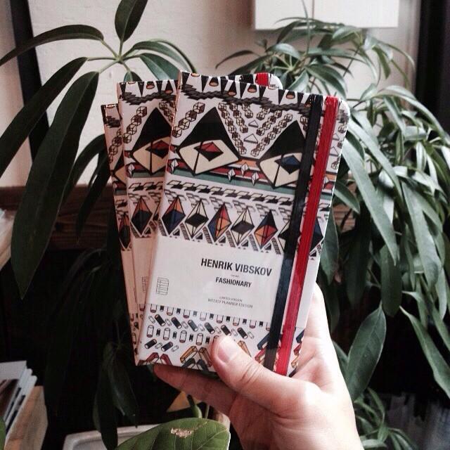 HENRIK VIBSKOVのfashionary入荷しました。ファッションに関連する辞書的なページとスケジュール、ノート等、使い勝手が良さそうです。