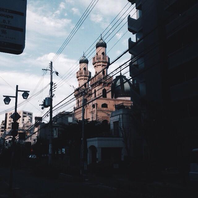 そして神戸昔からあるけどなんの建物なんやろ