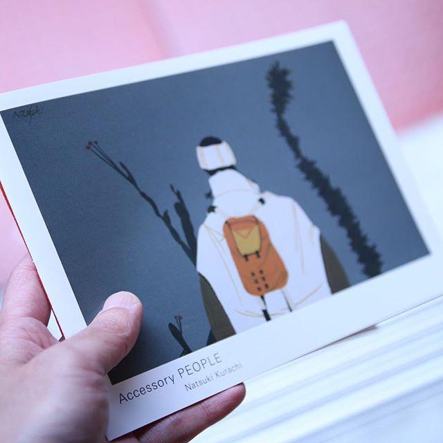 Natsuki Kurachi /Accessory PEOPLE手製本で仕上がった綺麗な一冊です。